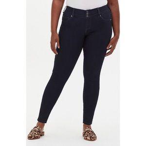 🆕Torrid Super Stretch Dark Wash Jegging Jeans 18